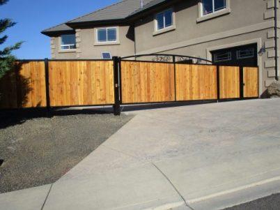 fence-builders-medford-oregon